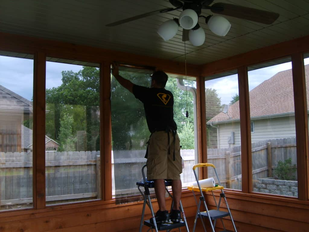 how-to-remove-residential-window-tinting